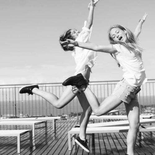 Sorrir, passear, se divertir... todos esses momentos da sua vida pessoal influenciam sua produtividade.