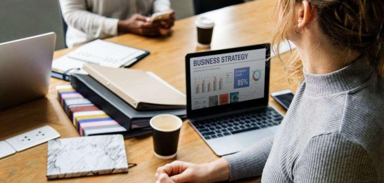 6 razones por las cuales un especialista en marketing freelance es mejor que una agencia - Workana Blog